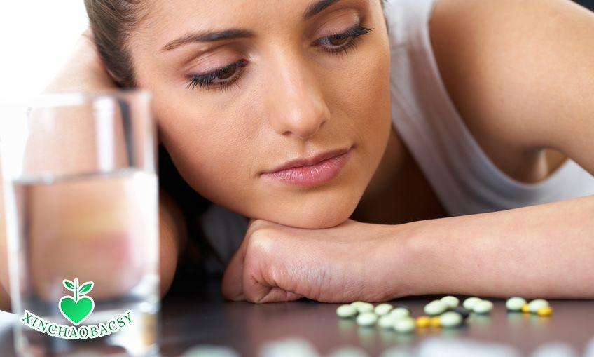 Viêm đường tiết niệu ở nữ uống thuốc gì? Đọc ngay để chữa đúng